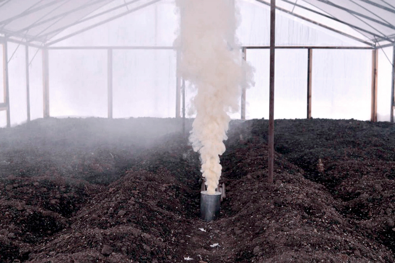 Осенняя уборка теплицы после сбора урожая
